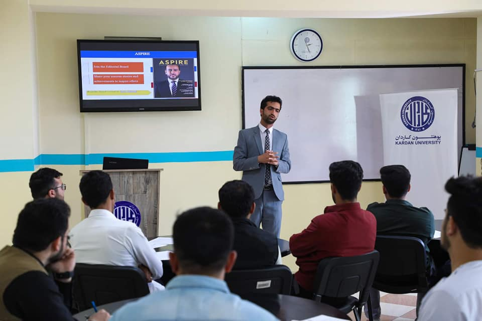 Kardan University's Student Success Center Organizes an Information Session for 2021 Graduates